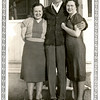 From right, Bess Willsey, her new son-in-law<br /> Gene Reynolds, and her eldest daughter Maurice.<br /> Nov 1939