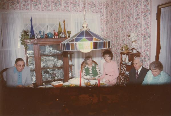 5 Mechanic Christmas 1975