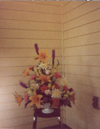 Flowers at 5 Mechanic Street 35