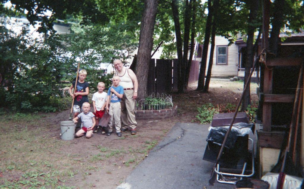 Neighborhood Kids at 5 Mechanic 4