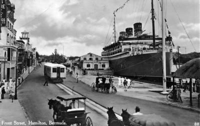 Front St Hamilton postcard-1938Bermuda