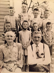 Ancestry Charts of Klann & Runnells families