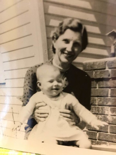 Cindy Shelton w Grandma Wilson 'Minnie' 1952