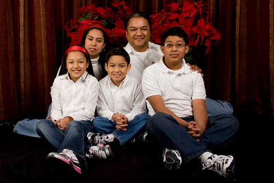 Cruz Family 2010 Christmas Photo Session
