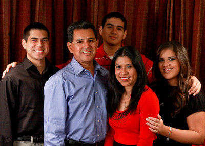 The Calvillo Family Xmas 2010 Photos