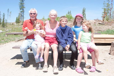Larry and Carole with grand kids.