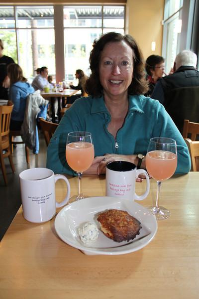 Portage Bay Cafe has yummy food, like rhubarb champagne mimosas.