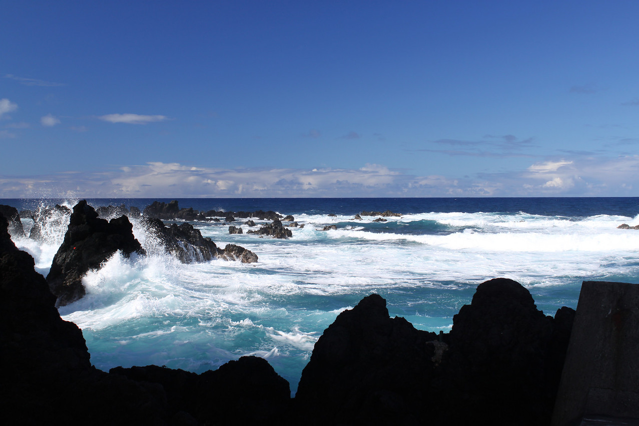 Laupahoehoe Point and beautiful wave action on the cliffs.