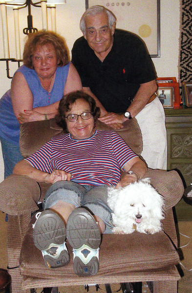 With Dad, Aunt June & Baby, the Maltese. (2008)