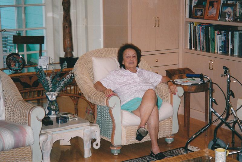 Mom at home (2004)