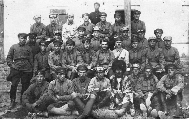 Grandfather Safronov [1st row, far left], Kerki, Turkmenistan Border Guard Unit #47. (1928)