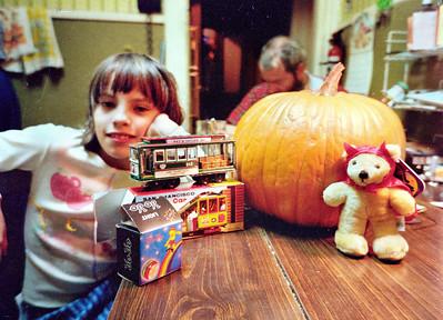 Esperanza and Pumpkin, Nov. 1986