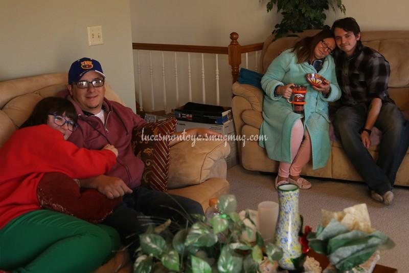 2018-12-25 Christmas & Gifts at Luke's