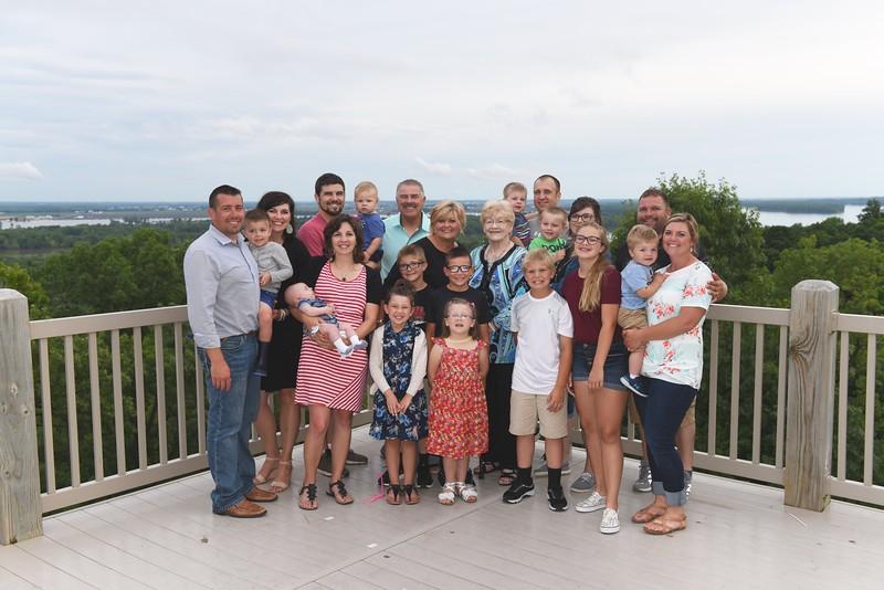 (Jean's) Cindy & Raymond Sievers Family w/
