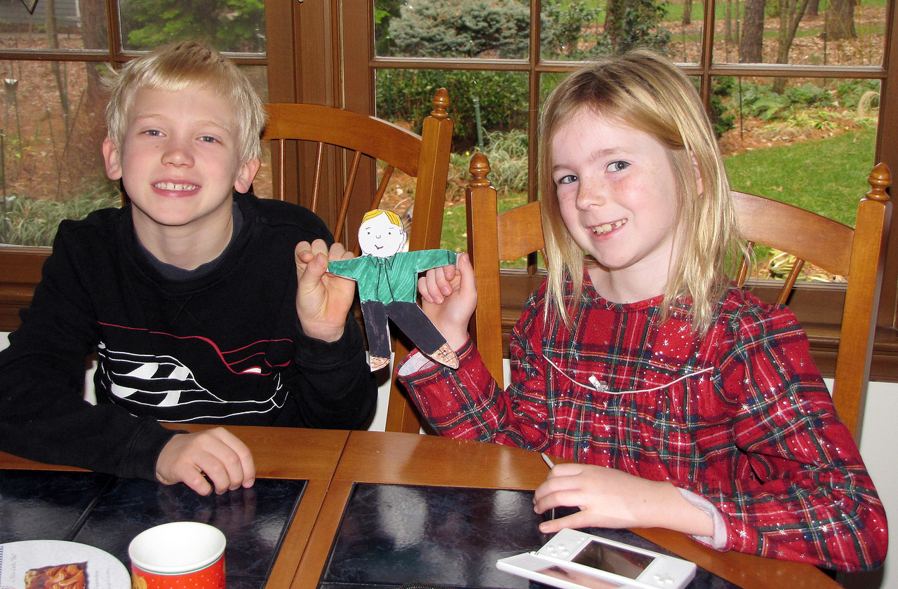 Emily bids Flat Stanley goodbye as he leaves to visit Finland with Toren and Lilja.