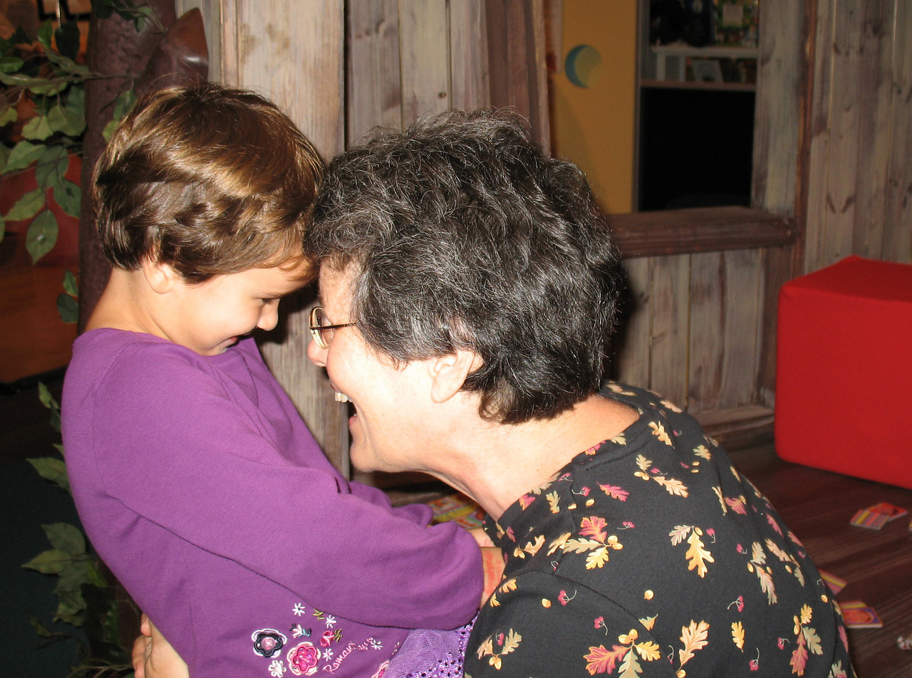 Ella and Anna hosted us for Kidzu fun. <br /> October 6, 2006
