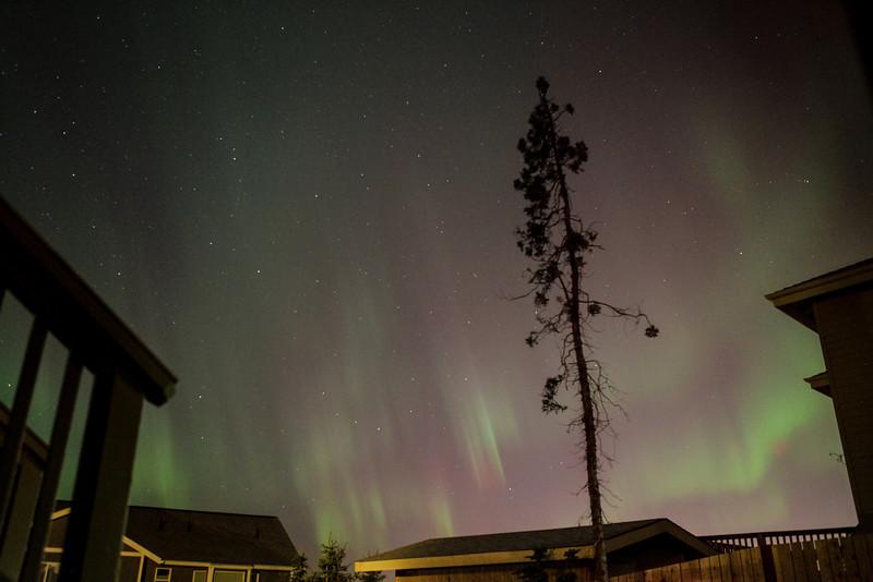 AK-Northern-Lights-ibjc-8827