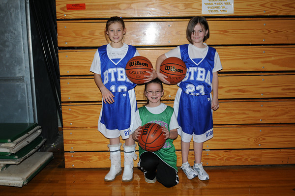 Katy, Diedra, and Leah 01-03-10 005