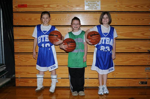 Katy, Diedra, and Leah 01-03-10 006