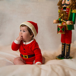 Beckett's first Christmas 007