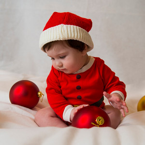 Beckett's first Christmas 040