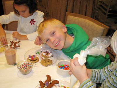 Cookie Decorating at  the Carolina Inn 2008