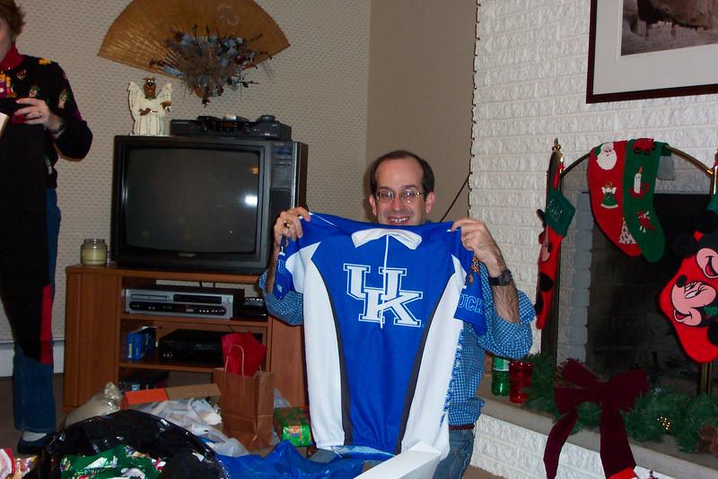 Lane's gotten a UK shirt; most unusual!