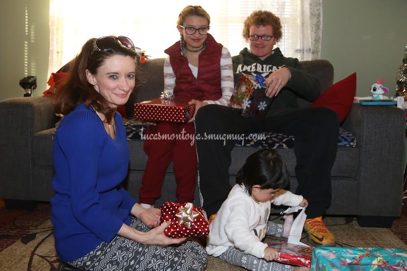 2018-12-25 Christmas & Gifts at Barbara's