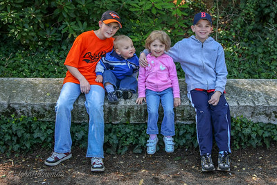 Conner, Henry, Isabella, & Mac - Maymont (April '09)