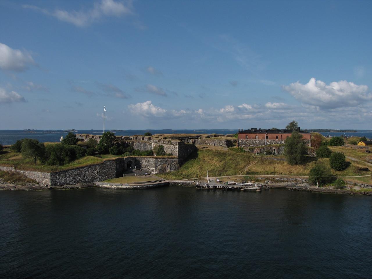 Views of Suomenlinna