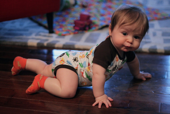 Luca is almost crawling