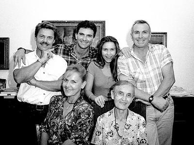 FAMILY & FRIENDS - La Famiglia e gli Amici