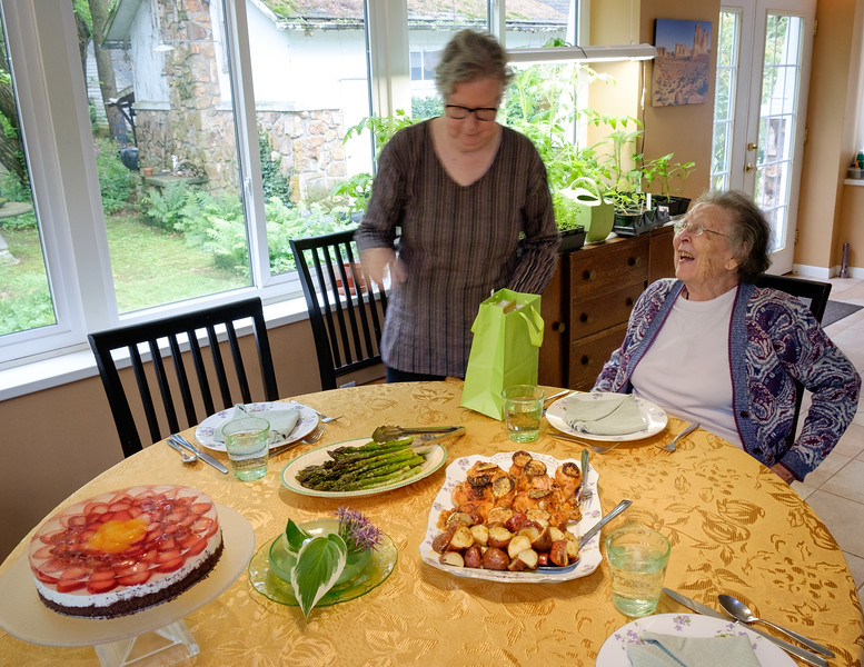 mothers_day_lunch-t3097