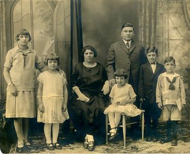 Mezzalingua Family_27