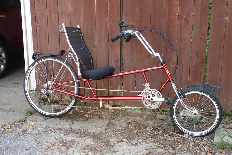 Jeane gets a new bike - a barcalounger on wheels!  July, 2011