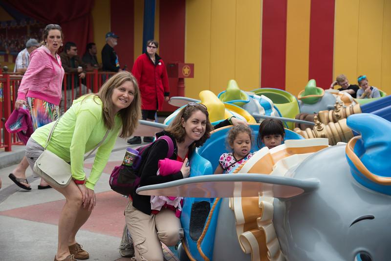Disney with Harrells 102 - 2014-03-25 at 11-33-45.jpg