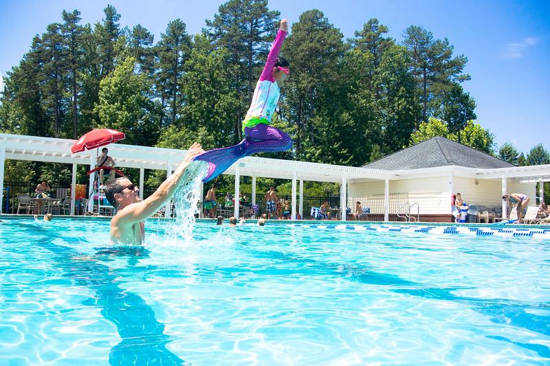 Pool fun-690.jpg