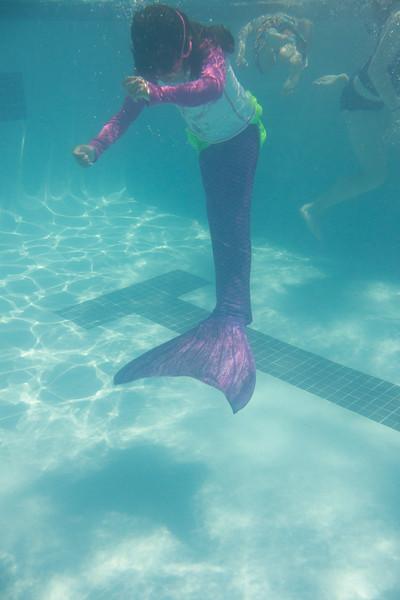 Pool fun-585.jpg
