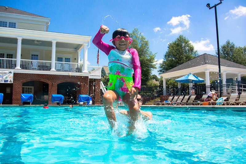Pool fun-322.jpg