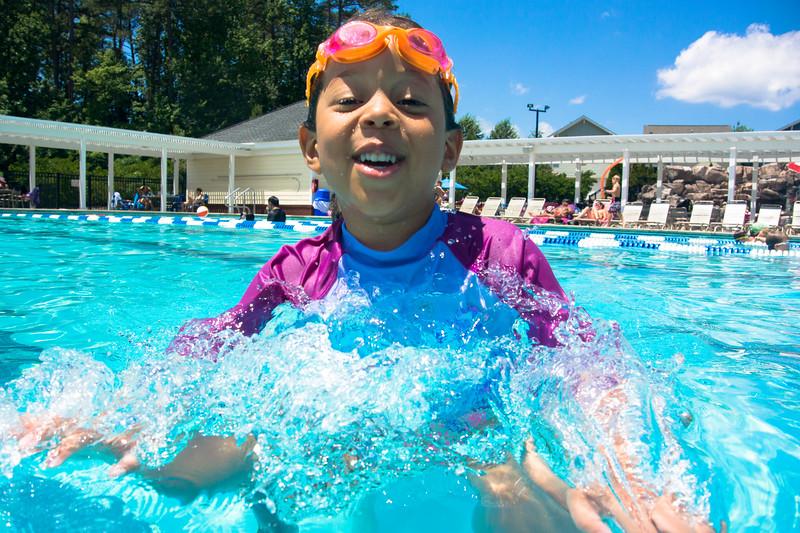 Pool fun-628.jpg