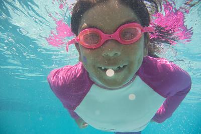 Pool fun-653