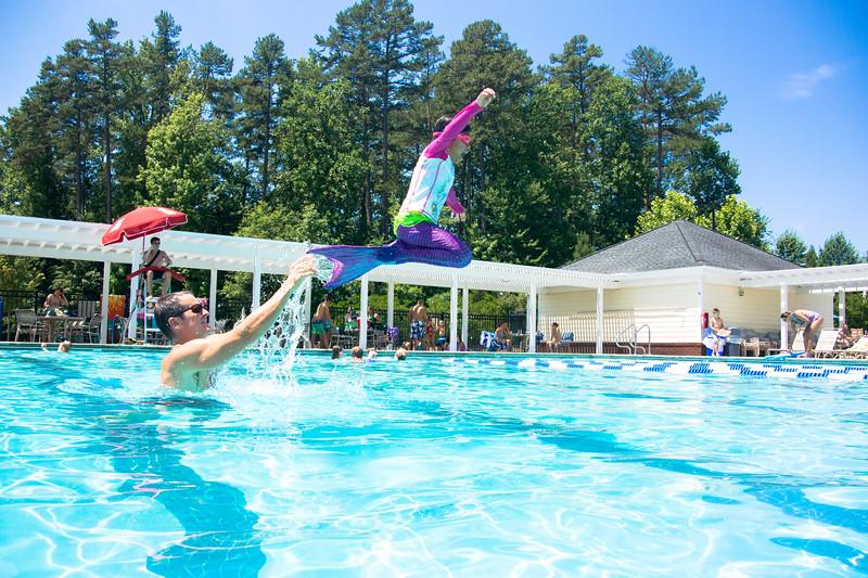Pool fun-721.jpg