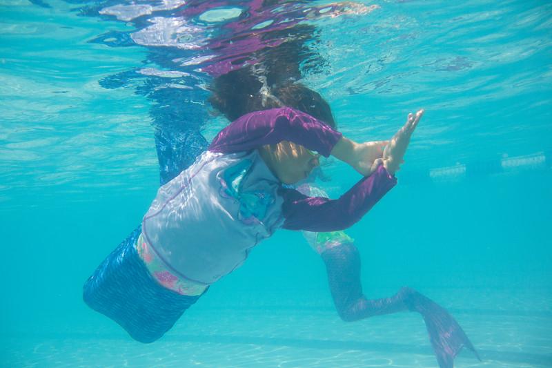 Pool fun-422.jpg