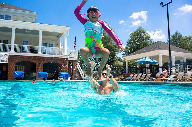 Pool fun-646.jpg