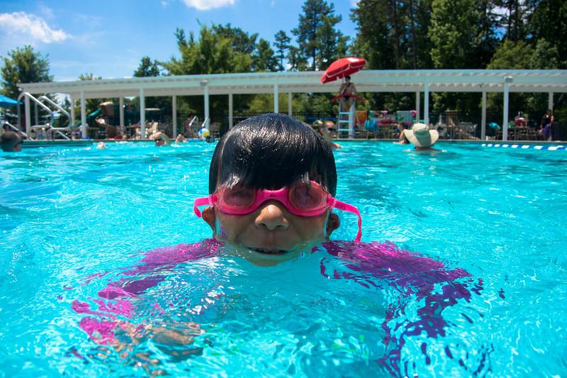 Pool fun-201.jpg