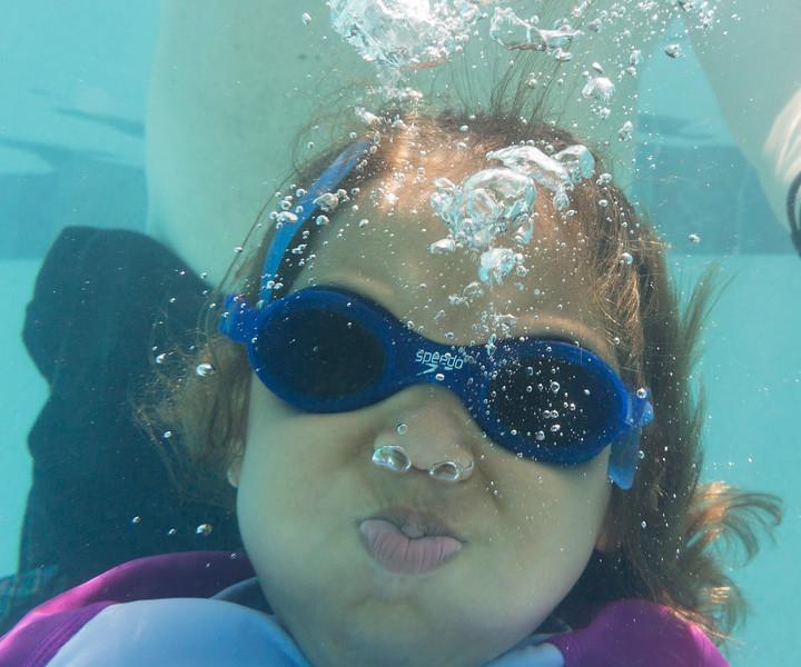 Pool fun-651.jpg