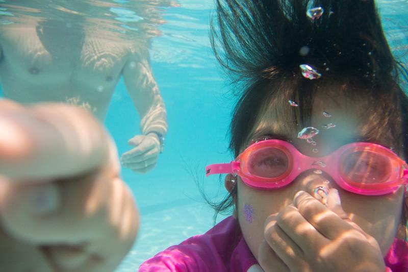 Pool fun-629.jpg