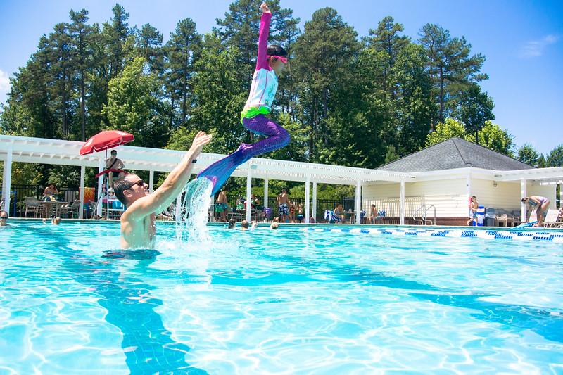 Pool fun-666.jpg