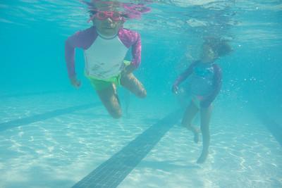 Pool fun-637