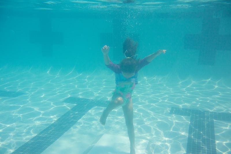 Pool fun-369.jpg